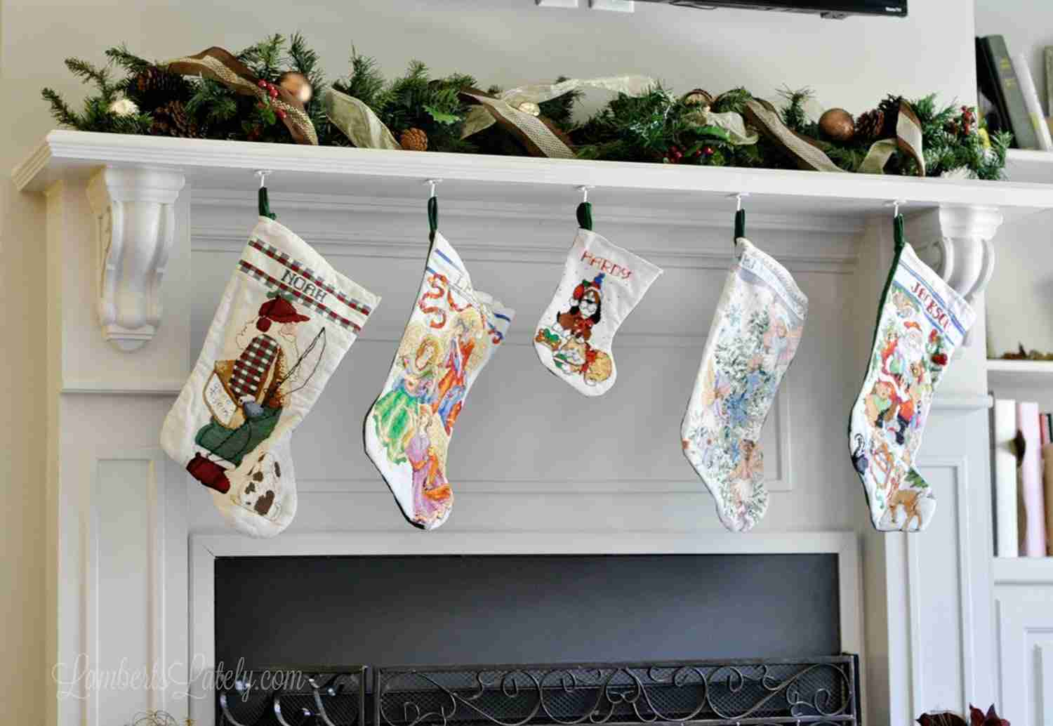 Check out this list of over 100 practical and fun baby stocking stuffers - great for a first Christmas. Has everything from small treats to unique clothing ideas for babies (both boy and girl)! Ranges from newborn to around 1 year old.